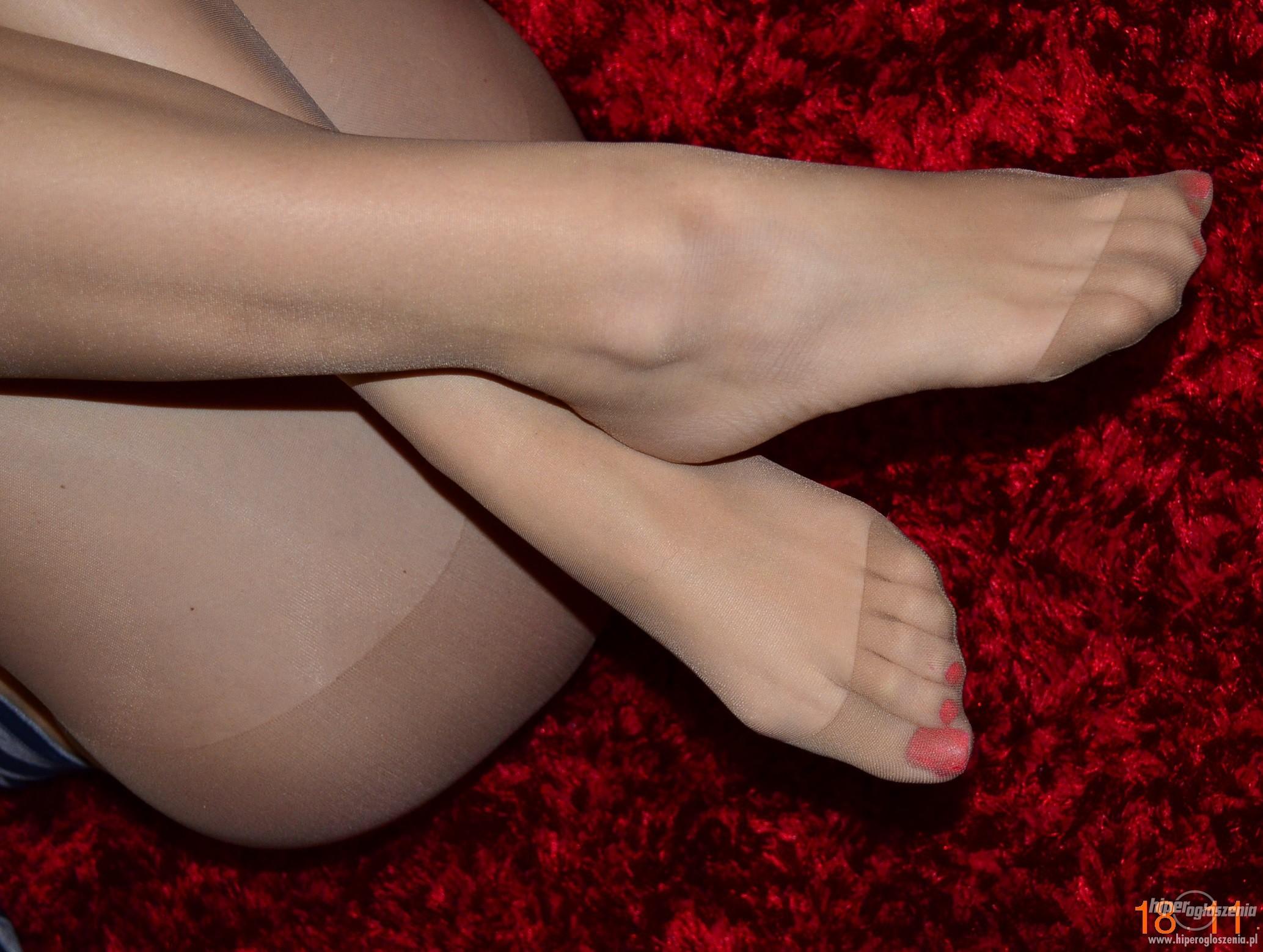 Фото пальчики ног в капроне, групповуха порнуха много фото